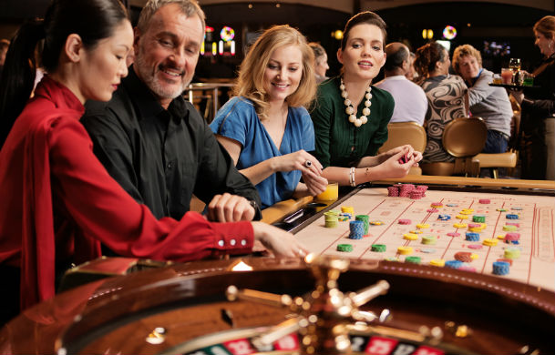 Playing Online Casino Games